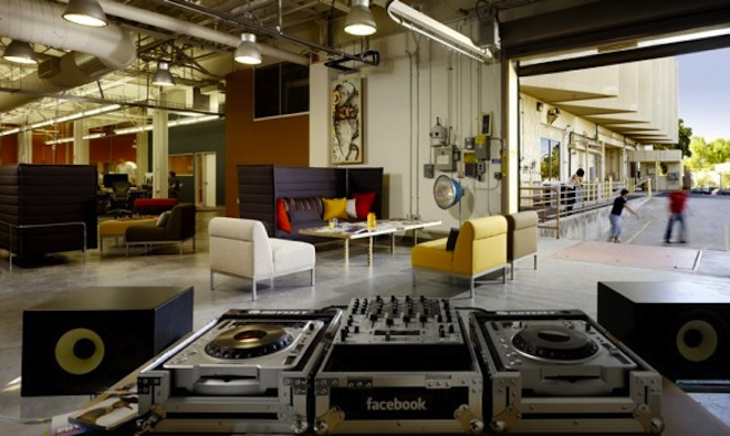 facebook-office-lounge-582x347